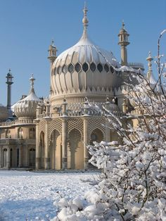 Not quite a castle, but would be neat to see! The Royal Pavilion is a former royal residence located in Brighton, England, United Kingdom. Brighton Sussex, Brighton England, Brighton And Hove, East Sussex, Oxford England, Cornwall England, England Uk, London England, Brighton Photography