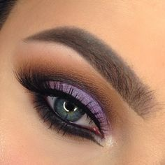 "Purple is one of my favorite colors and the shade ""wisteria"" (the star of the show) has been calling my [...]"