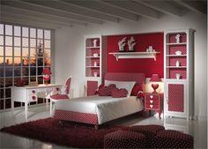 chambre romantique de fille en blanc et rouge à pois