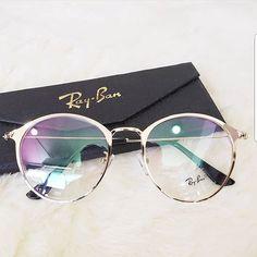 Ray-Ban Sunglasses,Life needs/summer fashion/eye protection/Men and women fashion Glasses Frames Trendy, Cool Glasses, New Glasses, Glasses Trends, Lunette Style, Fashion Eye Glasses, Mode Inspiration, Sunglass Frames, Sunglasses Women