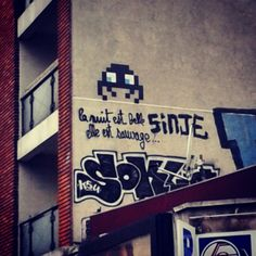 @janettesvn Instagram photos | La nuit est belle. Elle est sauvage #streetpoetry #graffiti #pacman # Paris #Paris11 #igersparis