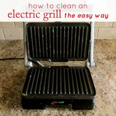How to Clean an Electric Grill {The Easy Way} - Angela SaysAngela Says Diy Grill, Clean Grill, Cleaning Recipes, Cleaning Hacks, Grill Cleaning, Diy Household Tips, Portable Grill, How Do You Clean, Grill Plate