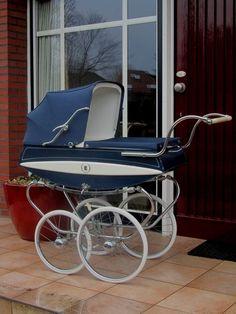 Koelstra, Nederlandse kinderwagen uit 1965 - €355.00 : Kinderwagen-Nostalgie.Com