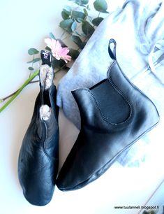 Rentoa oloilua ja Slepps - sisäjalkineet Chelsea Boots, Footwear, Indoor, Ankle, Shoes, Fashion, Interior, Moda, Zapatos