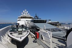 ANDROMEDA is a luxury expedition mega yacht built in refitted in 2017 by Kleven. View similar yachts for Charter around the world. Cabo San Lucas, Viking Yachts, Explorer Yacht, Expedition Yachts, Utility Boat, Runabout Boat, Yacht Builders, Deck Boat, Cabin Cruiser