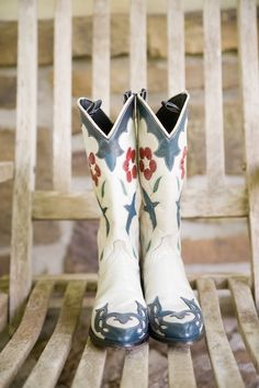Boots for the bride #wedding