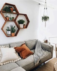boho home decor ideas - modern living room home design room decor ideas . - boho home decor ideas – modern living room home design room decor ideas boho Best Picture - Living Room On A Budget, Boho Living Room, Home And Living, Earthy Living Room, Earthy Bedroom, Aesthetic Bedroom, Bohemian Living, Cozy Living, Living Room With Carpet