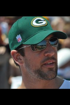 Aaron Rodgers: The worlds most beautiful man!