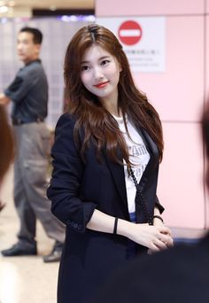 The Most Beautiful Girl, Beautiful Asian Girls, Korean Beauty, Asian Beauty, Asian Cute, Bae Suzy, Korean Celebrities, Western Outfits, Korean Actresses