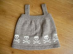 Ravelry: Skull Jumper pattern by Malia Mather Yarn weight Worsted / 10 ply (9 wpi)  Gauge 20 stitches = 4 inches in stockinette Sizes available 6months to 1 yr.