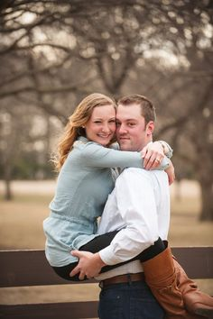 Dordt College Engagement | Dordt College President's House | Fence Engagement Picture | Country Engagement |  Photos by Courtney Cook Photography