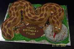 Snake Cake -Zach would like this