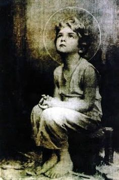 Miraculous image of the Child Jesus— A monk on the desert is reported to have taken a picture of the Holy Eucharist while exposed. Upon developing the film, this image of the child Jesus appeared. Sometime later, Jesus told this same monk that he would Catholic Prayers, Catholic Art, Religious Art, Roman Catholic, Religious Pictures, Jesus Pictures, Jesus Prayer, God Jesus, Jesus Help