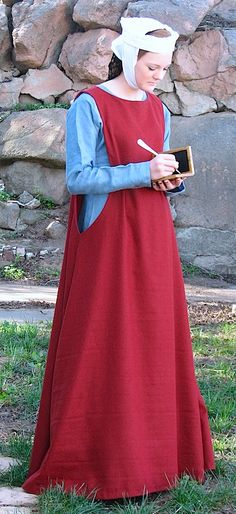 Sideless surcoat, Wool - Click Image to Close