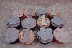 Flower 1st Birthday cupcakes by Cutie Cupcakes (aka Heather), via Flickr