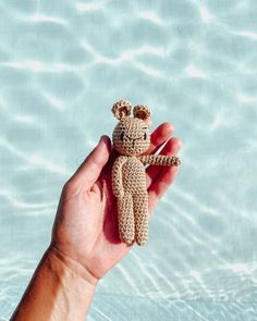 @caro_tricote enjoying the rest of the summer with this cute, crochet teddy bear she made with DMC Natura Cotton! Crochet Teddy, Holiday Crochet, Rest, Teddy Bear, Embroidery, Photo And Video, Cute, Summer, Cotton