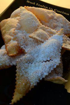 Chiacchiere o Frappe? - http://blog.giallozafferano.it/suditaliaincucina/chiacchiere-frappe/