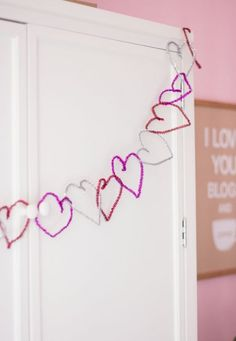 Make an Easy Pipe Cleaner Heart Garland