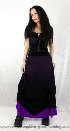 Moonmaiden Gothic Clothing - Which Skirt Would a Witch Wear Skirt - http://www.moonmaiden-gothic-clothing.co.uk/moonmaiden_gothic_2012/long_skirts/mms147/mms147.htm