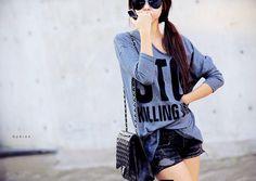 Sweet Scoop Neck Lace Splicing Long Sleeve Women's T-Shirt | dresslilly.net