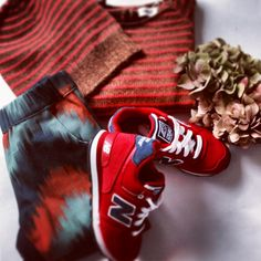 Girls Look !!! Sweater and Hat by Oeuf NYC - Sneakers by New Balance - Pants by Bobo Choses