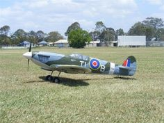 Dynam Spitfire First flight..   Nu weer vanuit voorraad leverbaar in onze webshop.