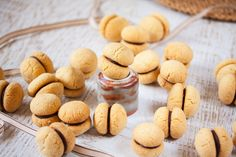 Baci di Dama is like a nutty, buttery Italian shortbread filled with chocolate. Made with hazelnuts or almonds. Tray Bake Recipes, Cookie Recipes, Dessert Recipes, Desserts, Almond Cookies, Shortbread Cookies, Types Of Italian Cookies, Almond Recipes, My Recipes