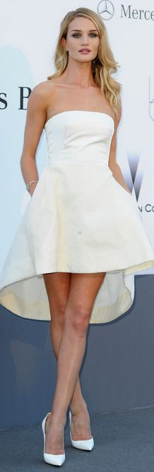 Who made  Rosie Huntington-Whiteley's white strapless gown and white pumps that she wore in Cannes on May 23, 2013?