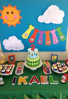 Atencion Atencion birthday decoration