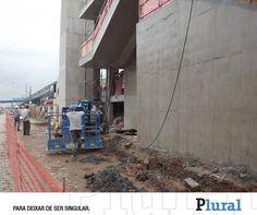 Chuvas impedem início da instalação da escada rolante na estação Poá - Leia em: http://fb.com/jornalpluralsp - Jornal Plural (@JornalPluralpoa) | Twitter
