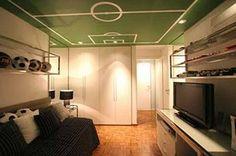 Stylish Soccer Themed Bedroom Design for Boys - Decomagz Teen Bedroom Designs, Modern Bedroom Design, Bedroom Themes, Soccer Bedroom, Football Bedroom, Bedroom Kids, Boho Chic Living Room, Living Room White, Living Rooms