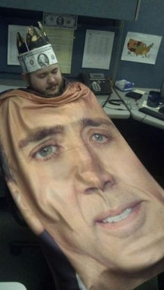 27 Funny Work Fails Pictures and Office Memes. We have amazing selected funniest memes pictures of the week Nicolas Cage, Pijamas Onesie, Work Fails, Office Memes, Picture Fails, Weird Pictures, Fail Pictures, Hilarious Pictures, Futurama