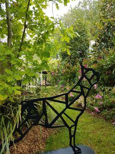 Outdoor Furniture, Outdoor Decor, Park, Home Decor, Decoration Home, Room Decor, Parks, Home Interior Design, Backyard Furniture
