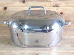 7 Quart Roaster Dutch Oven 4265 Cast Aluminum with Lid and Trivet Insert Kitchen Items, Kitchen Stuff, Revere Ware, Dutch Ovens, Cast Iron Dutch Oven, Vintage Recipes, Vintage Kitchen, Timeline, Frugal