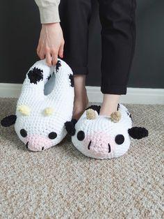 Chunky Cow Slippers | Crochet pattern