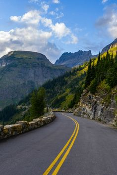 Going-to-the-Sun Road, Glacier National Park, Montana (Don Wolf) | the open road | Fantasy Road Trip | Road Trip | Road | Road photo | on the road | drive | travel | wanderlust | landscape photography | Schomp MINI