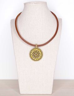 22 € Jewelry, Fashion, Beading, Necklaces, Short Necklace, Shades Of Green, Lockets, Natural Leather, Gold