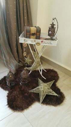 45 Soothing And Calming Ramadan Decorating Ideas Ramadan Diy, Mubarak Ramadan, Ramadan Crafts, Hajj Mubarak, Decoraciones Ramadan, Ramadan Activities, Photo Deco, Diy Home Crafts, Fashion Room