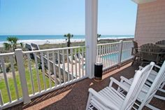 Beautiful view from Atlantis Villas 102 in the #OceanDrive section of #NorthMyrtleBeachBook your next family reunion at Atlantis Villas where you will find 8 6 bedroom villas! Link In Bio. #ElliottBeachLife #BeachDay #BeachDaze #SunshineSummertime #Oceanview #SCJustRight