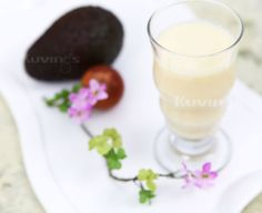 Avocado Natural Juice Fresh Juice Recipes, Glass Of Milk, Natural Juice, Avocado, Pudding, Healthy, Desserts, Book, Tailgate Desserts
