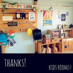 moeさんの、niko and...,hal36さん♡,子供部屋,祖父作の家具,salut!,3Coins,ディアウォール,部屋全体,のお部屋写真