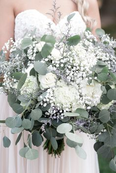 40 adorable gypsophila wedding decor ideas- 40 bezaubernde Schleierkraut Hochzeitsdeko-Ideen Vintage bridal bouquet with eucalyptus and gypsophila flowers - Gypsophila Wedding, White Wedding Bouquets, Diy Wedding Flowers, Wedding Flower Arrangements, Bride Bouquets, Bridal Flowers, Flower Bouquet Wedding, Gypsophila Bouquet, Bouqets