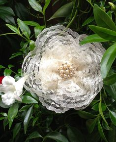 Dainty Lace and Pearl Women's Kippah promises to elevate your spirit. This sweet yarmulke is perfect for Bat Mitzvah, Jewish Weddings, and Shabbat. Offered by VintageBloomsByEllen on Etsy for $30.