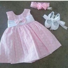 Babieee - Her Crochet Baby Girl Frocks, Baby Girl Party Dresses, Frocks For Girls, Little Girl Dresses, Baby Frocks Designs, Kids Frocks Design, Baby Girl Dress Design, Baby Girl Dress Patterns, Girl Doll Clothes