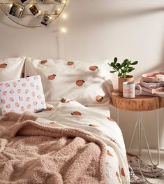 Peach Duvet Cover Set | Urban Outfitters | Home & Gifts | Bedding | Duvet Covers & Pillow Cases #UOEurope #UrbanOutfittersEU #UOHome #duvetcovers