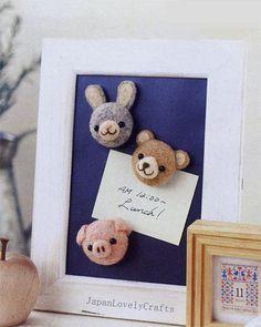 He encontrado este interesante anuncio de Etsy en https://www.etsy.com/es/listing/183689707/japanese-needle-wool-felt-animal-face