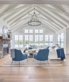 Lake House Summer Tour – The Lilypad Cottage - Zimmereinrichtung Beach Cottage Style, Lake Cottage, Beach House Decor, Cottage House, Beach House Furniture, Blue Home Decor, Cottage Living, Cottage Interiors, Beach Cottages