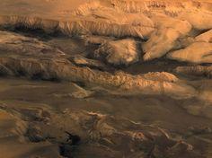 Vista del planeta Marte desde Europa, Valle Marineris en Marte