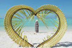 Nilandhoo - heart of palm Maldives, Origami, Palm, Leaves, Mirror, Heart, Home Decor, The Maldives, Decoration Home