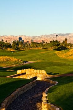 Come play the best holes of the #British Open, just minutes away from the world-famous #LasVegas strip! (877) 975-6898